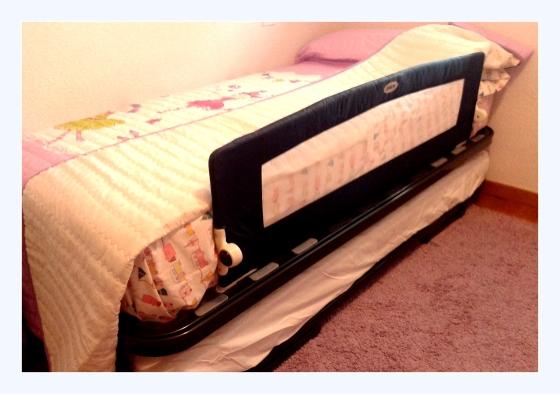 barrera montada cama